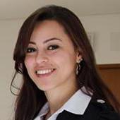 Andréia Alvarenga